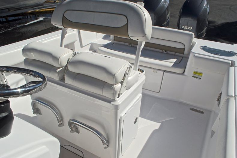 Thumbnail 33 for Used 2015 Sportsman Heritage 251 Center Console boat for sale in West Palm Beach, FL
