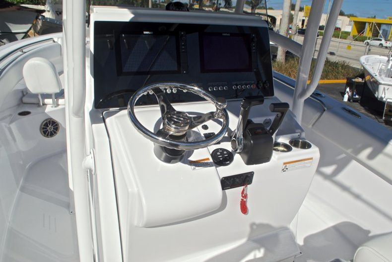 Thumbnail 34 for Used 2015 Sportsman Heritage 251 Center Console boat for sale in West Palm Beach, FL