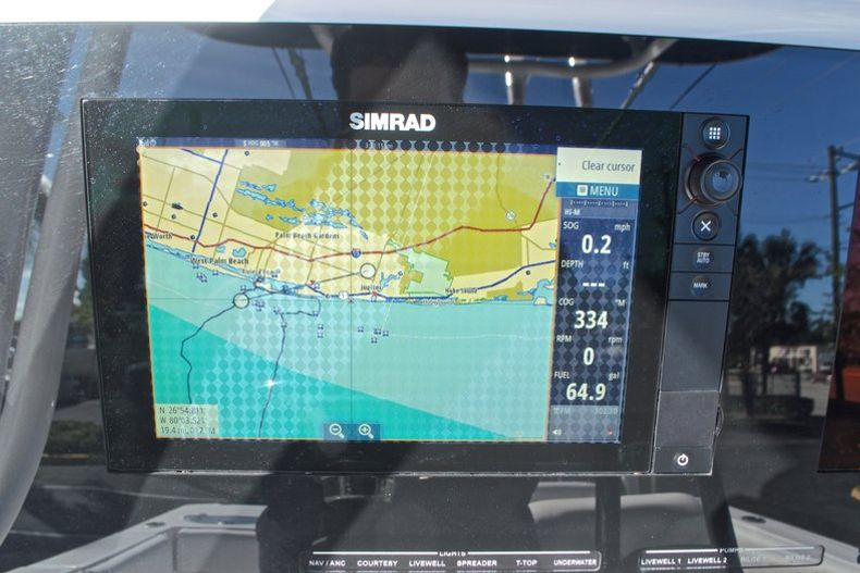 Thumbnail 37 for Used 2015 Sportsman Heritage 251 Center Console boat for sale in West Palm Beach, FL