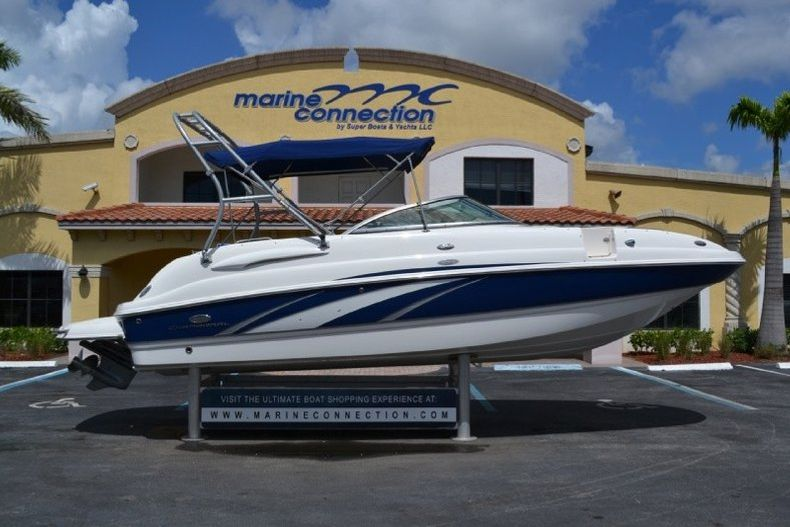 Photo for 2006 Chaparral Sunesta 254 Deck Boat