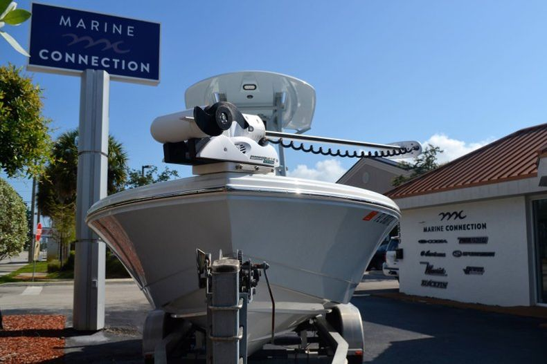 Thumbnail 2 for Used 2018 Pathfinder 2500 Hybrid boat for sale in Vero Beach, FL