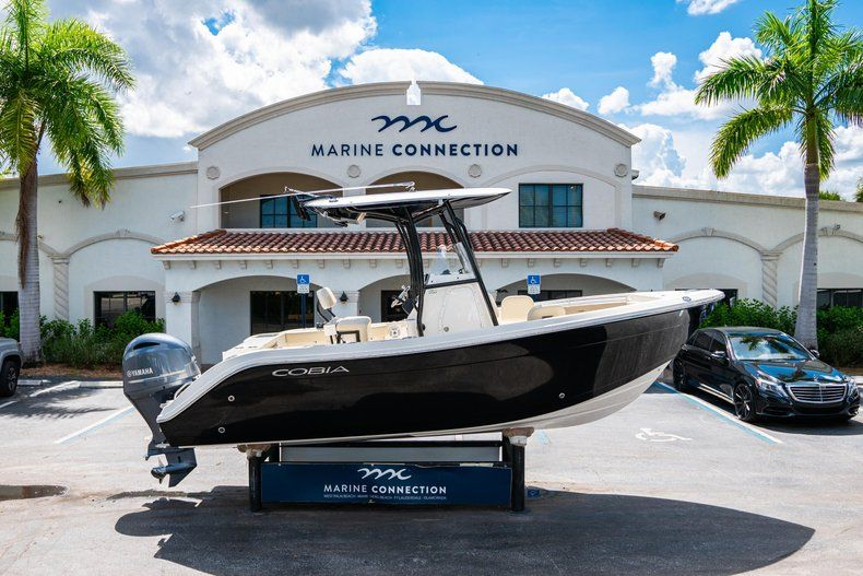 Used 2017 Cobia 220 Center Console boat for sale in West Palm Beach, FL