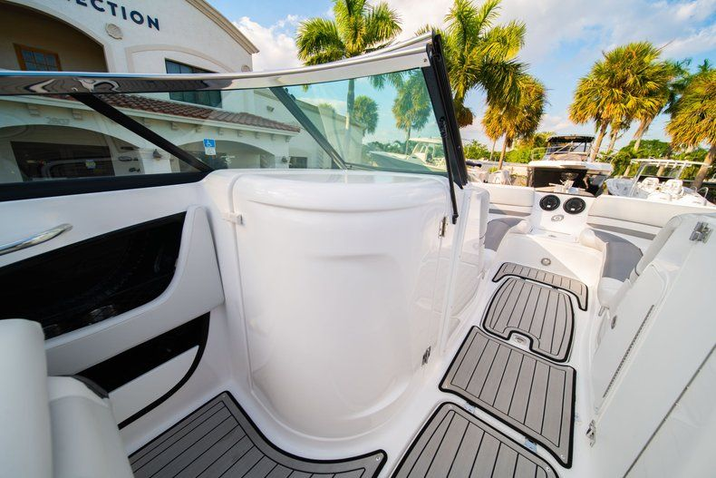 Thumbnail 14 for Used 2019 Hurricane SunDeck SD 2410 OB boat for sale in West Palm Beach, FL