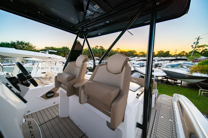 Thumbnail 27 for New 2019 Ranieri Next 370 SH boat for sale in West Palm Beach, FL