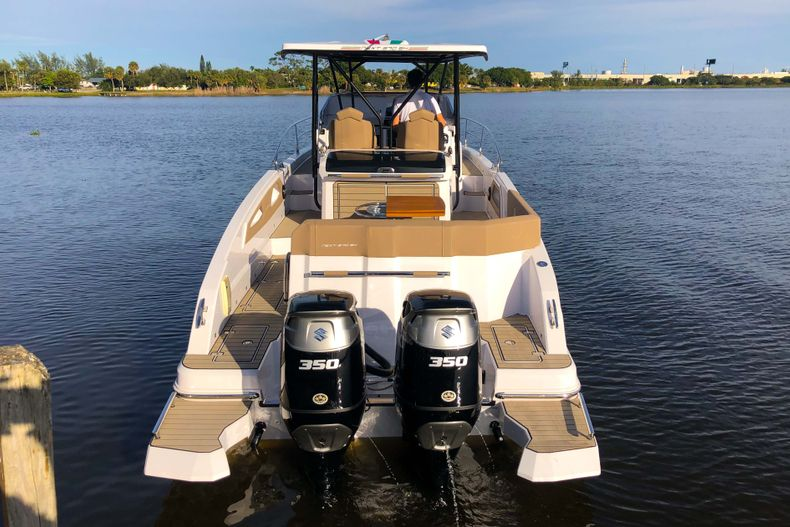 Thumbnail 58 for New 2019 Ranieri Next 370 SH boat for sale in West Palm Beach, FL