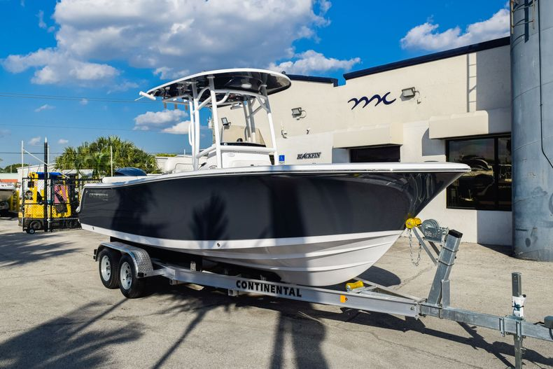 Thumbnail 1 for New 2020 Sportsman Heritage 231 Center Console boat for sale in West Palm Beach, FL