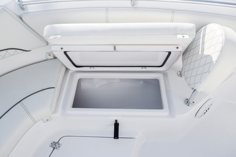 Thumbnail 45 for New 2020 Sportsman Heritage 231 Center Console boat for sale in West Palm Beach, FL