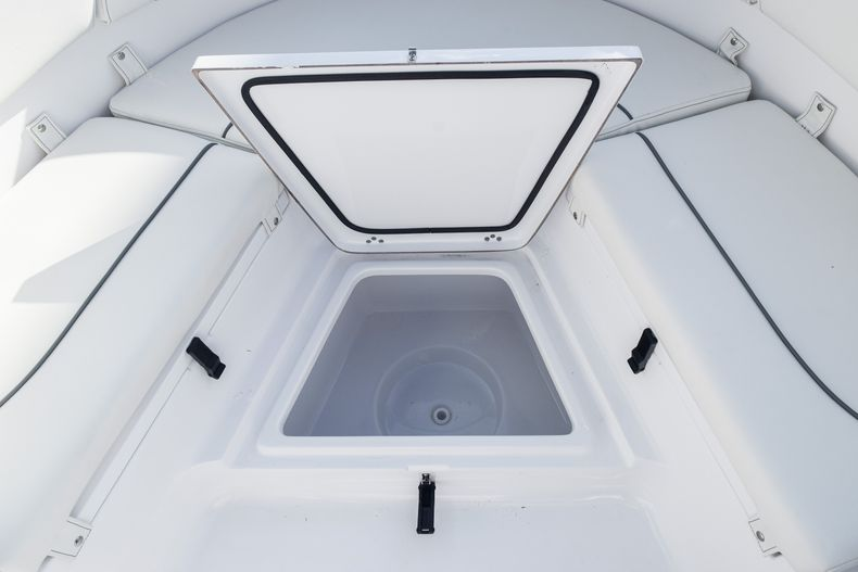Thumbnail 48 for New 2020 Sportsman Heritage 231 Center Console boat for sale in West Palm Beach, FL