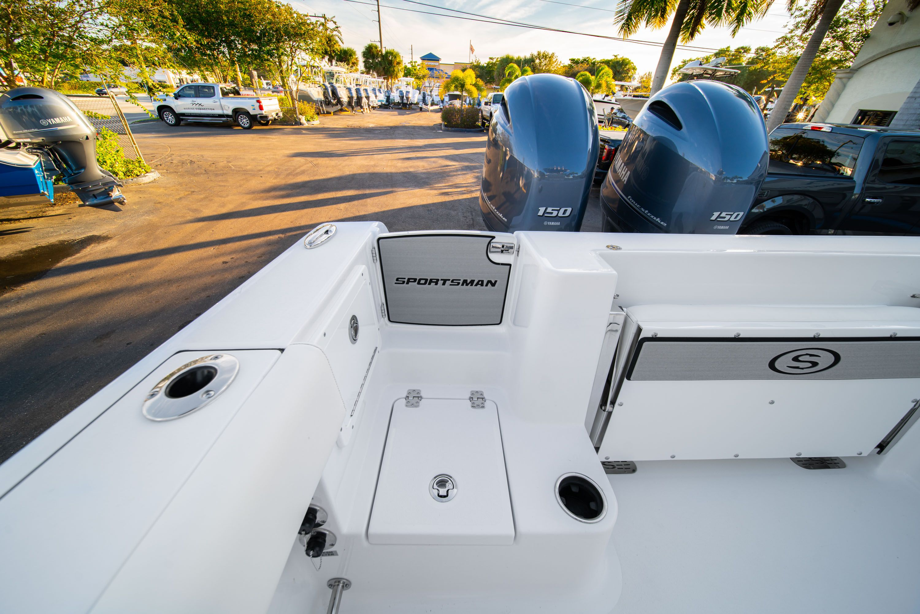 Thumbnail 11 for New 2020 Sportsman Open 252 Center Console boat for sale in West Palm Beach, FL