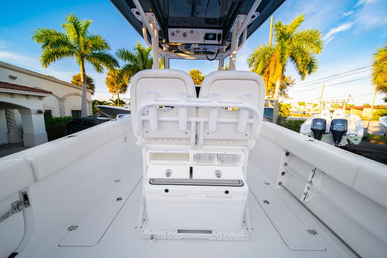 Thumbnail 24 for New 2020 Sportsman Open 252 Center Console boat for sale in West Palm Beach, FL