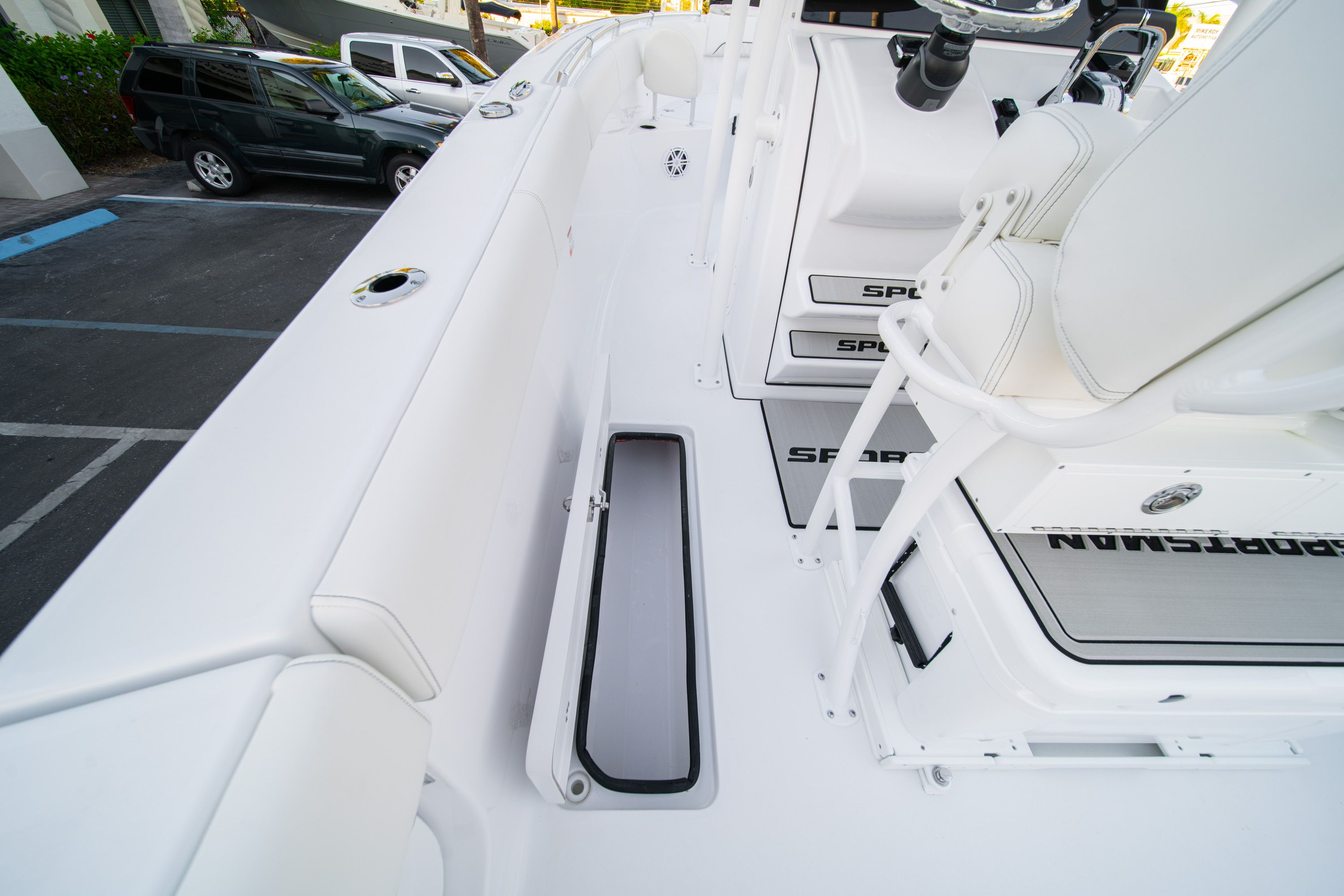 Thumbnail 29 for New 2020 Sportsman Open 252 Center Console boat for sale in West Palm Beach, FL