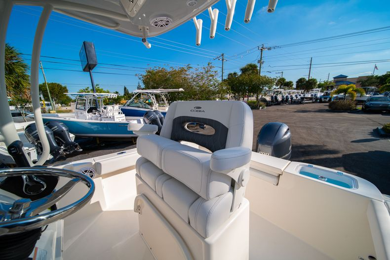 Thumbnail 28 for New 2020 Cobia 220 CC Center Console boat for sale in West Palm Beach, FL