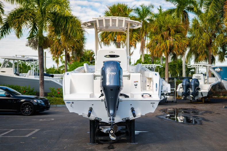 Thumbnail 6 for New 2020 Cobia 220 CC Center Console boat for sale in West Palm Beach, FL