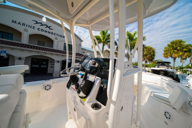Thumbnail 19 for New 2020 Cobia 220 CC Center Console boat for sale in West Palm Beach, FL