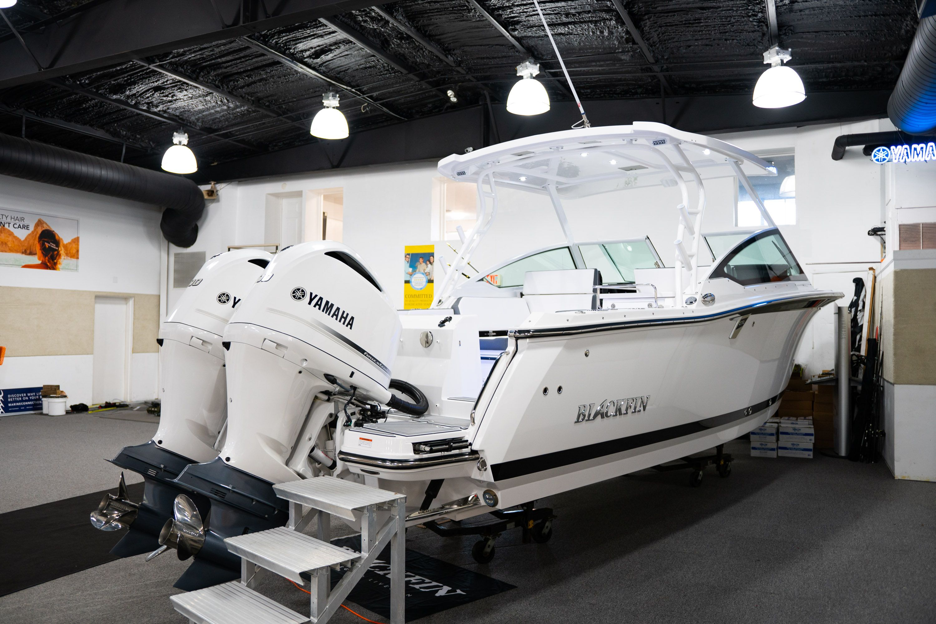 Thumbnail 3 for New 2020 Blackfin 272DC Dual Console boat for sale in West Palm Beach, FL