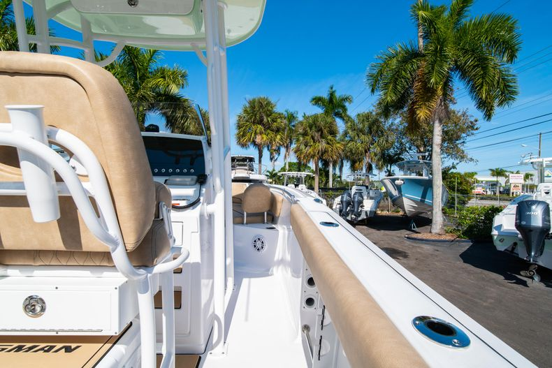 Thumbnail 17 for New 2020 Sportsman Open 232 Center Console boat for sale in West Palm Beach, FL