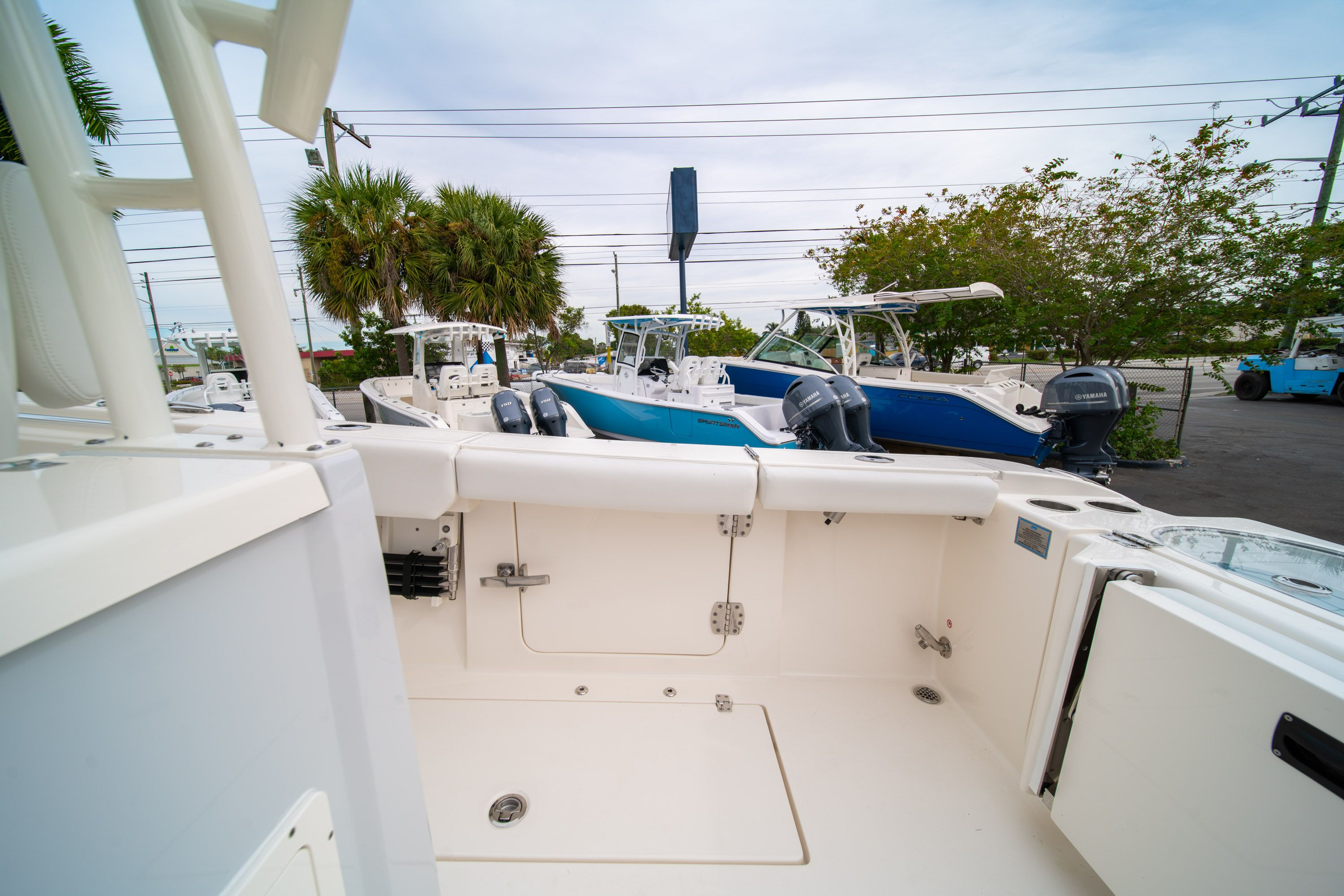 Thumbnail 16 for Used 2019 Cobia 301 CC Center Console boat for sale in West Palm Beach, FL