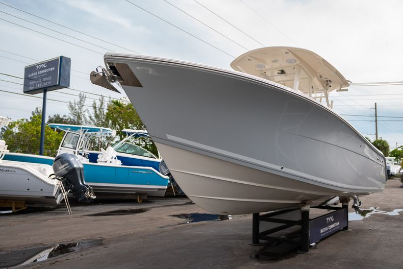 Thumbnail 3 for Used 2019 Cobia 301 CC Center Console boat for sale in West Palm Beach, FL