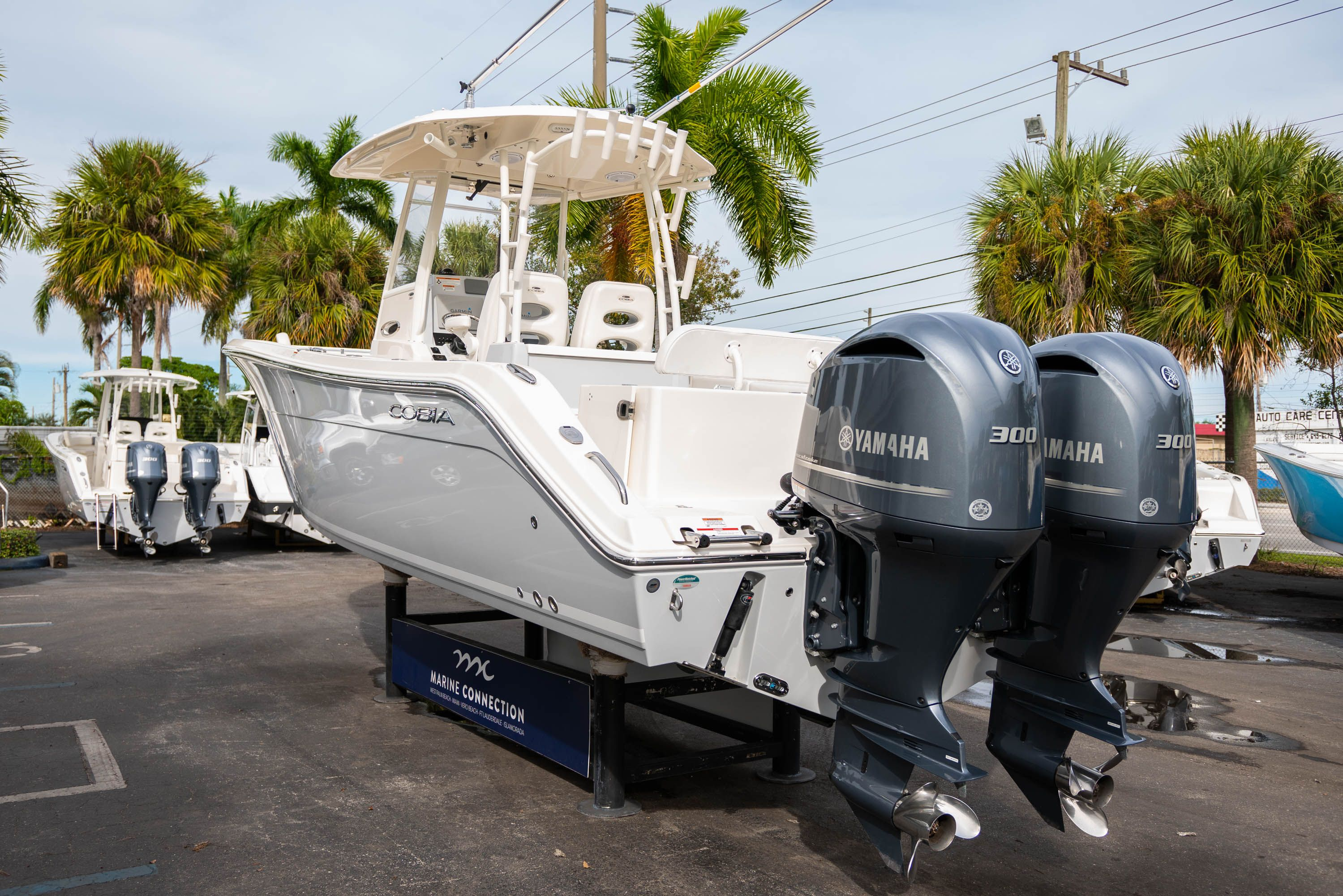 Thumbnail 5 for Used 2019 Cobia 301 CC Center Console boat for sale in West Palm Beach, FL