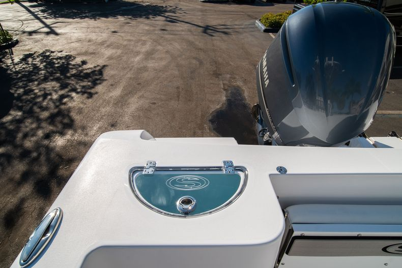 Thumbnail 11 for New 2020 Sportsman Open 232 Center Console boat for sale in West Palm Beach, FL