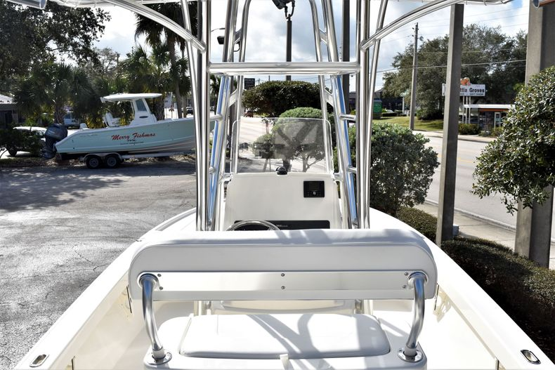 Image 10 for 2020 Pathfinder 2500 Hybrid Bay Boat in Vero Beach, FL