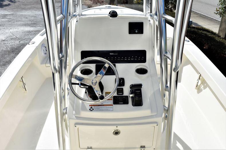 Image 12 for 2020 Pathfinder 2500 Hybrid Bay Boat in Vero Beach, FL
