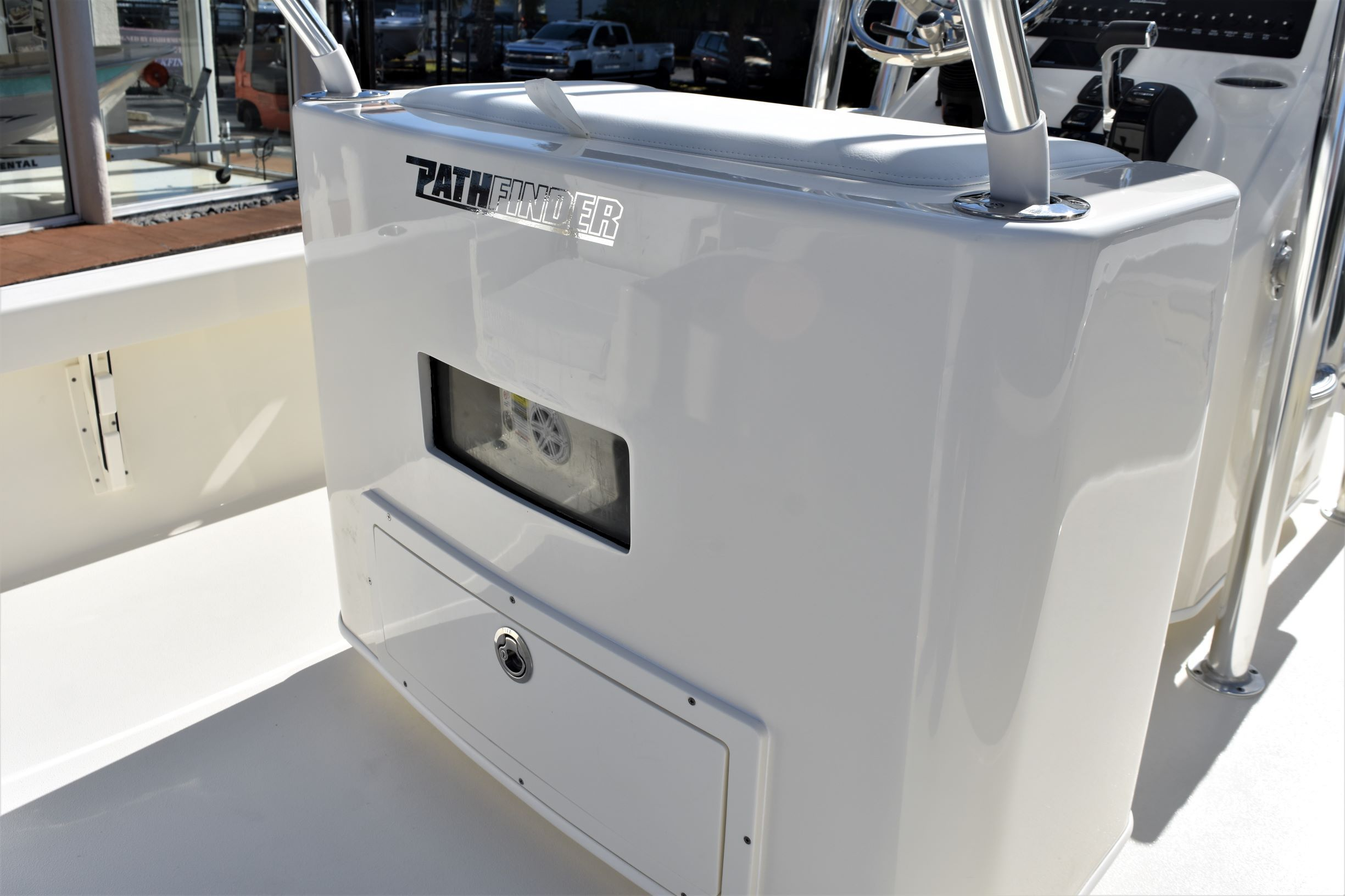 Thumbnail 30 for New 2020 Pathfinder 2500 Hybrid Bay Boat boat for sale in Vero Beach, FL