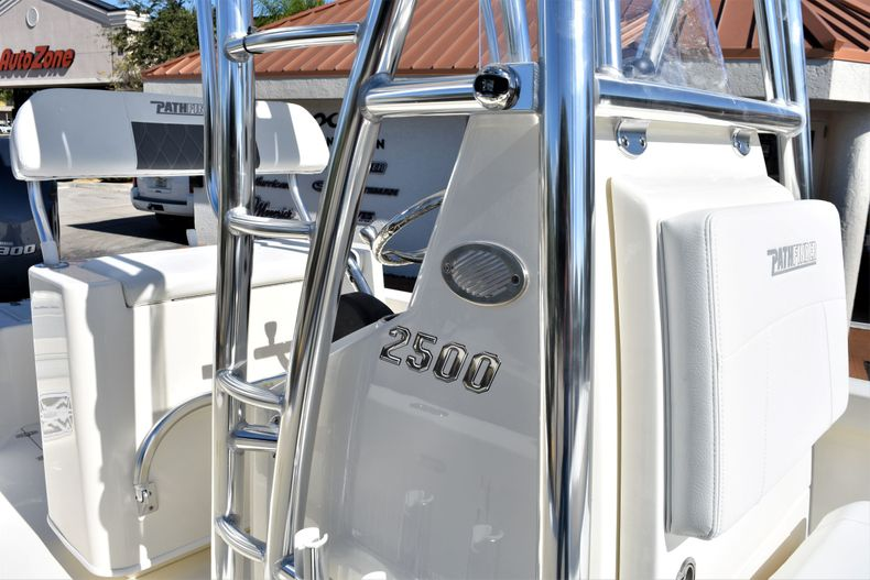 Thumbnail 16 for New 2020 Pathfinder 2500 Hybrid Bay Boat boat for sale in Vero Beach, FL