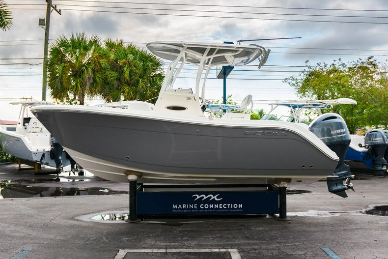 Thumbnail 4 for New 2020 Cobia 201 CC Center Console boat for sale in West Palm Beach, FL