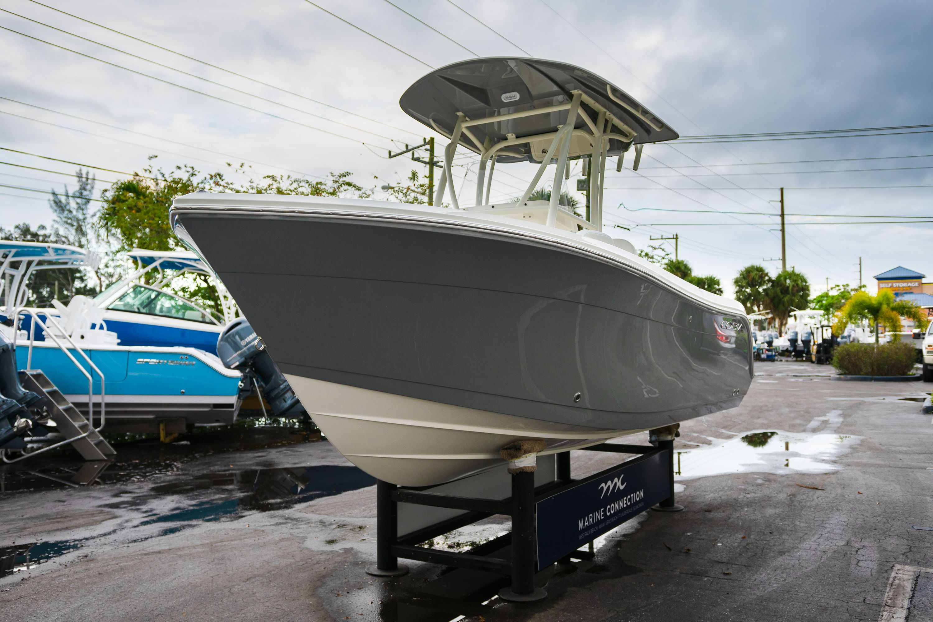 Thumbnail 3 for New 2020 Cobia 201 CC Center Console boat for sale in West Palm Beach, FL