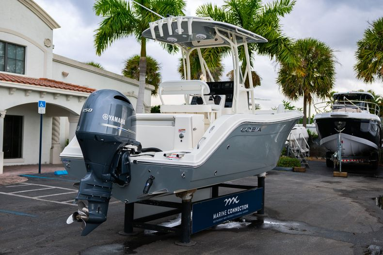 Thumbnail 7 for New 2020 Cobia 201 CC Center Console boat for sale in West Palm Beach, FL