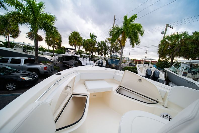 Thumbnail 32 for New 2020 Cobia 201 CC Center Console boat for sale in West Palm Beach, FL