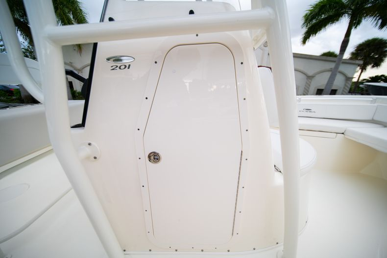 Thumbnail 27 for New 2020 Cobia 201 CC Center Console boat for sale in West Palm Beach, FL