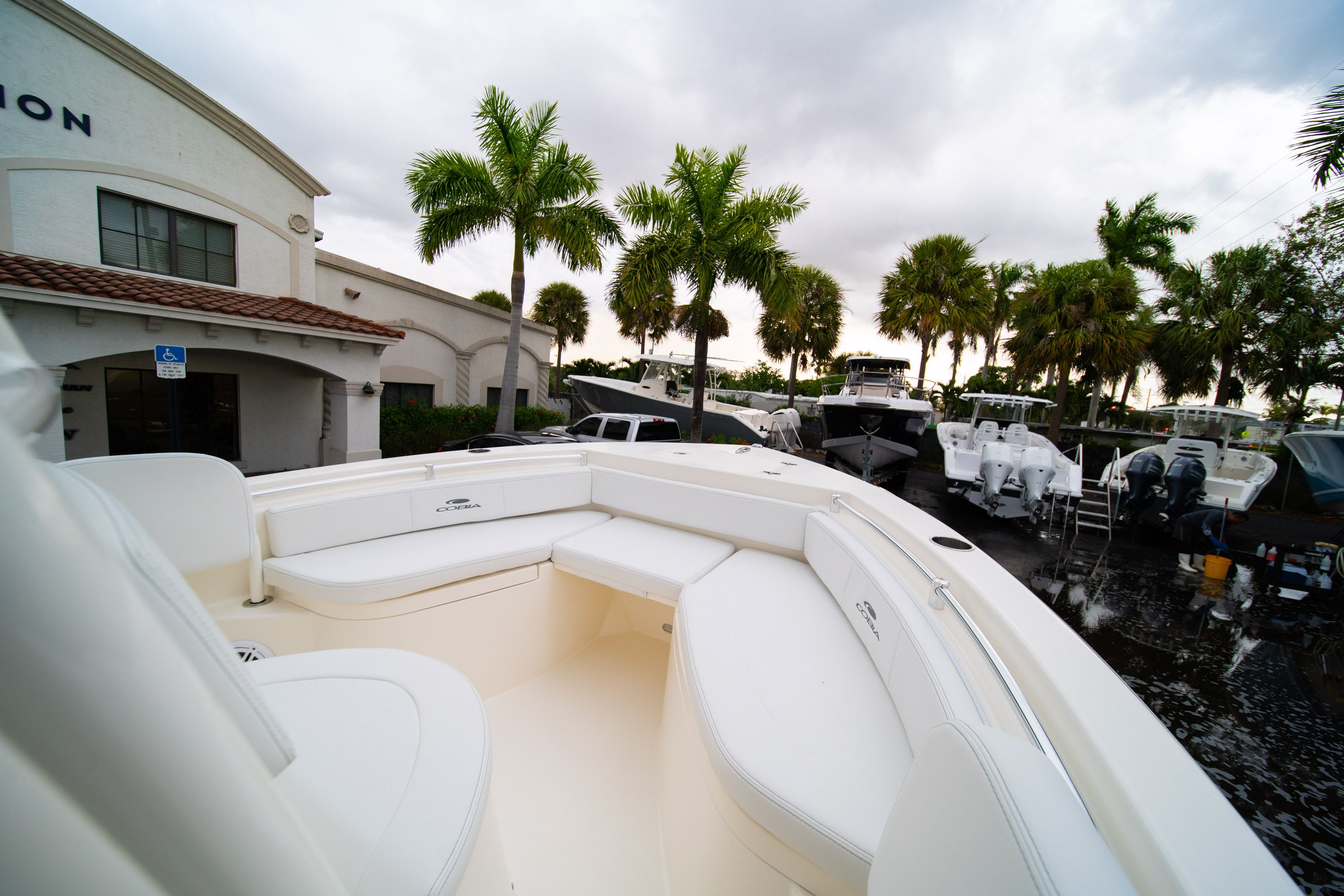 Thumbnail 29 for New 2020 Cobia 201 CC Center Console boat for sale in West Palm Beach, FL