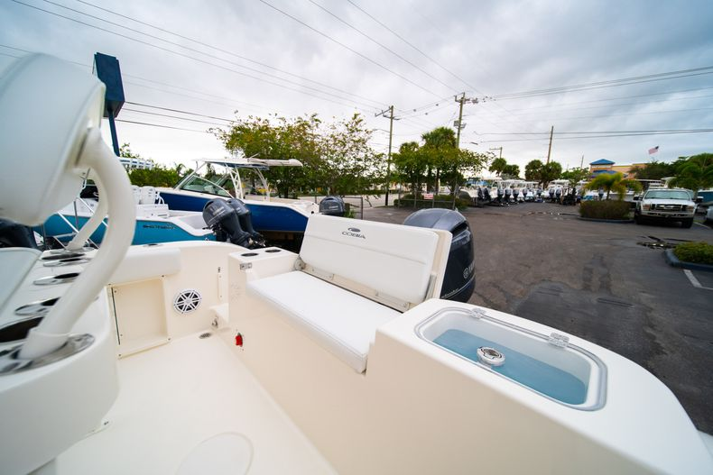 Thumbnail 12 for New 2020 Cobia 201 CC Center Console boat for sale in West Palm Beach, FL