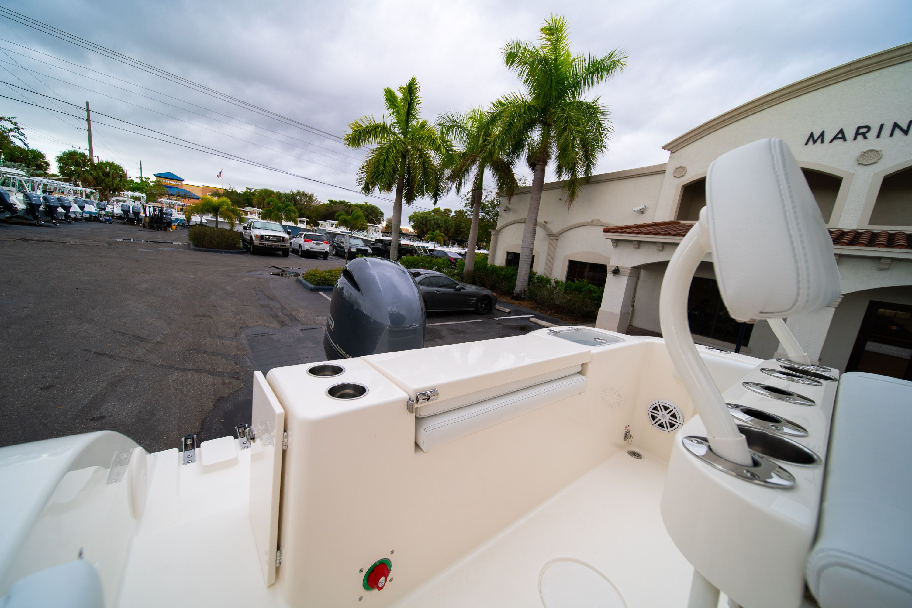Thumbnail 9 for New 2020 Cobia 201 CC Center Console boat for sale in West Palm Beach, FL