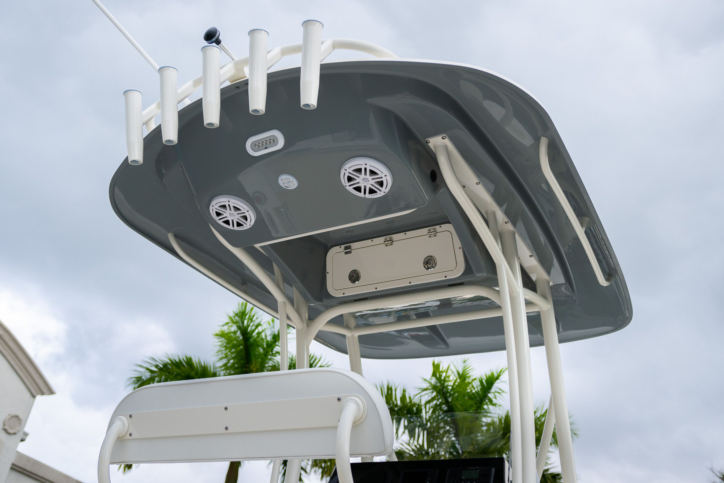 Thumbnail 8 for New 2020 Cobia 201 CC Center Console boat for sale in West Palm Beach, FL