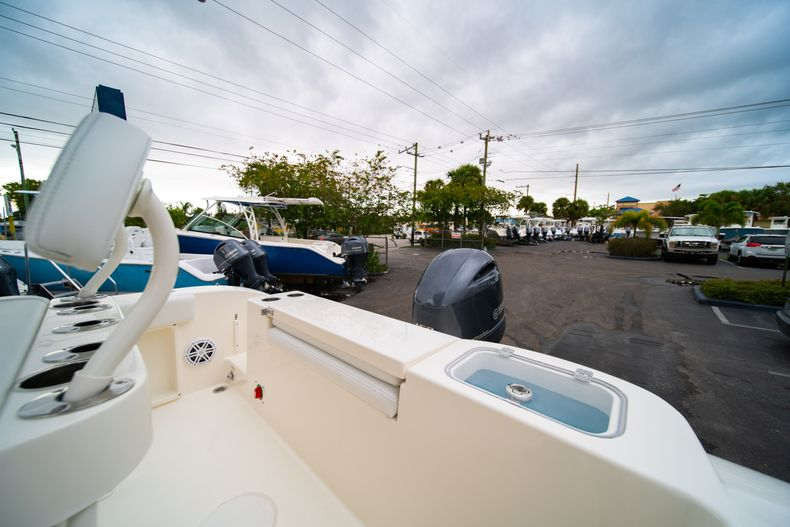 Thumbnail 11 for New 2020 Cobia 201 CC Center Console boat for sale in West Palm Beach, FL