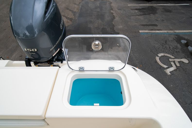 Thumbnail 14 for New 2020 Cobia 201 CC Center Console boat for sale in West Palm Beach, FL