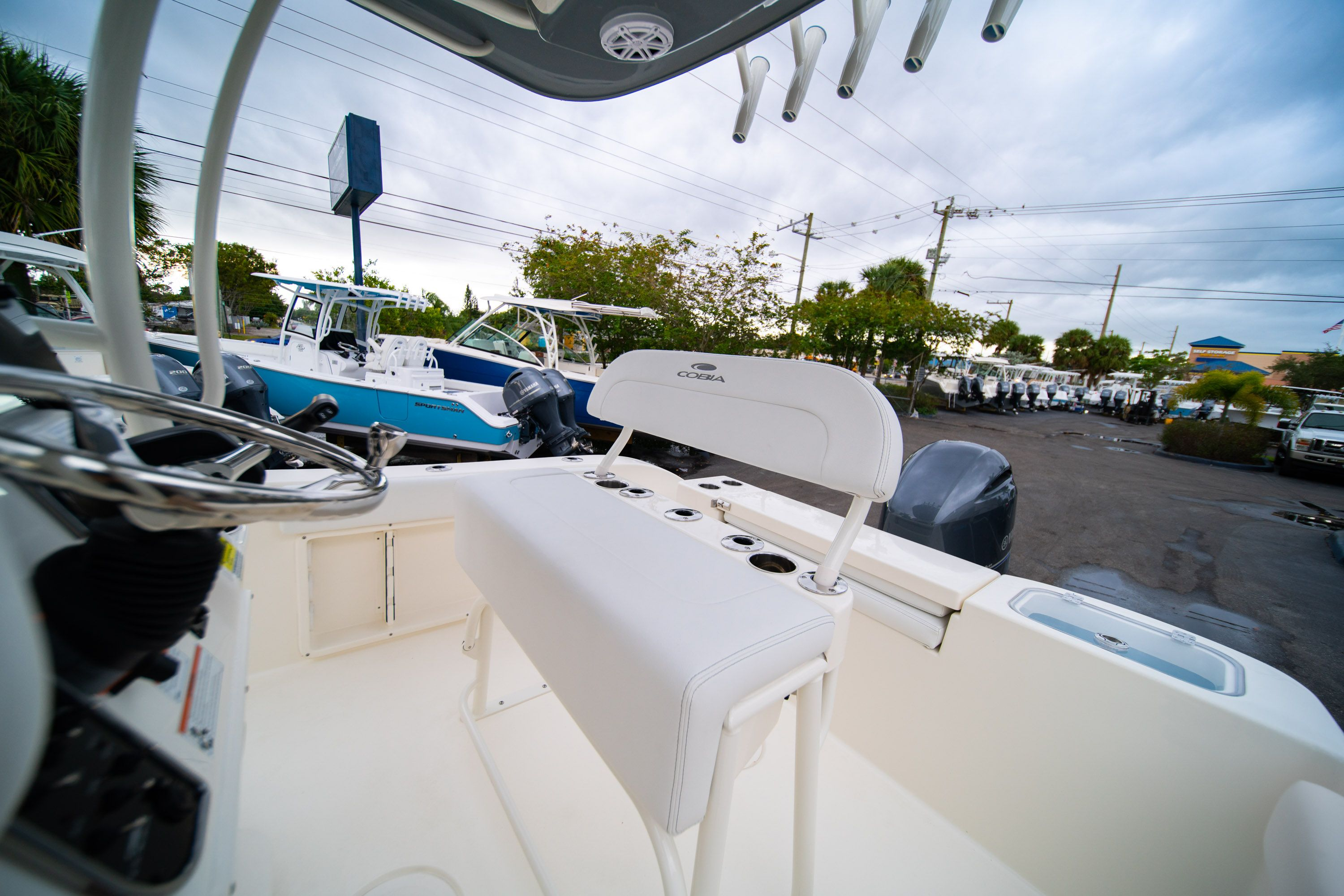 Thumbnail 26 for New 2020 Cobia 201 CC Center Console boat for sale in West Palm Beach, FL