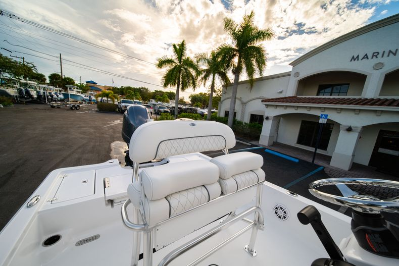 Thumbnail 22 for New 2020 Sportsman Tournament 214 Bay Boat boat for sale in West Palm Beach, FL