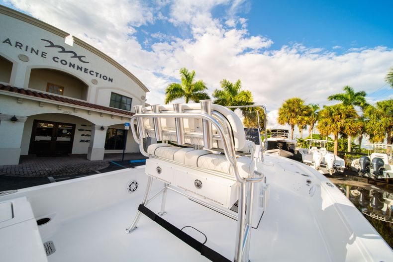 Thumbnail 13 for New 2020 Sportsman Tournament 214 Bay Boat boat for sale in West Palm Beach, FL