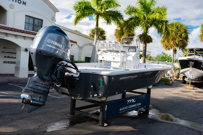 Thumbnail 7 for New 2020 Sportsman Tournament 214 Bay Boat boat for sale in West Palm Beach, FL