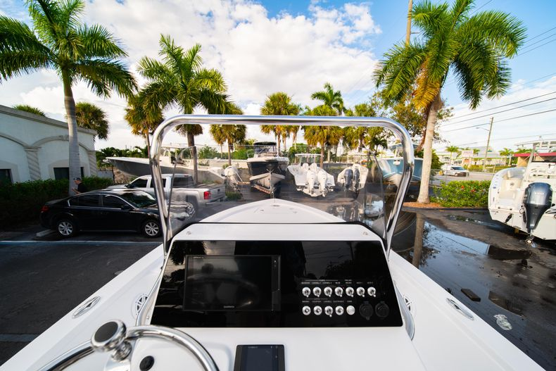 Thumbnail 20 for New 2020 Sportsman Tournament 214 Bay Boat boat for sale in West Palm Beach, FL