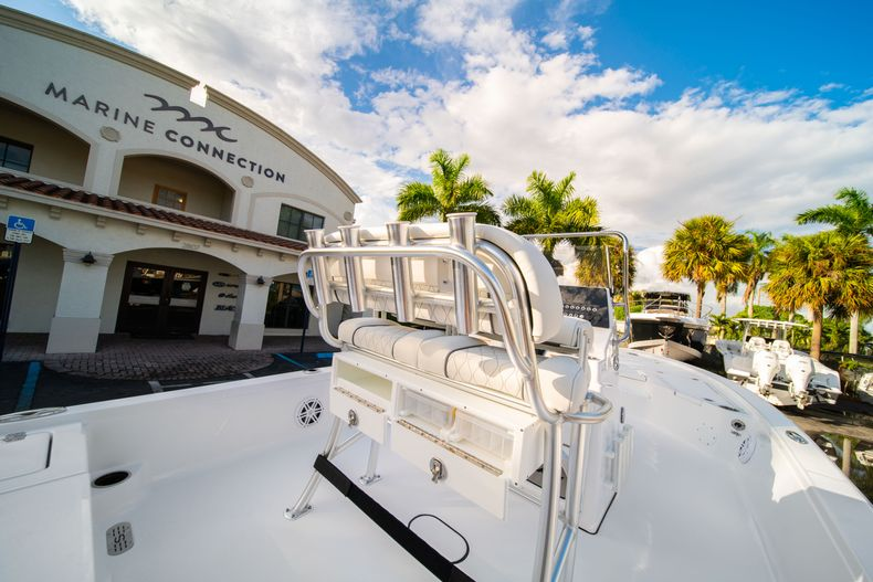 Thumbnail 14 for New 2020 Sportsman Tournament 214 Bay Boat boat for sale in West Palm Beach, FL
