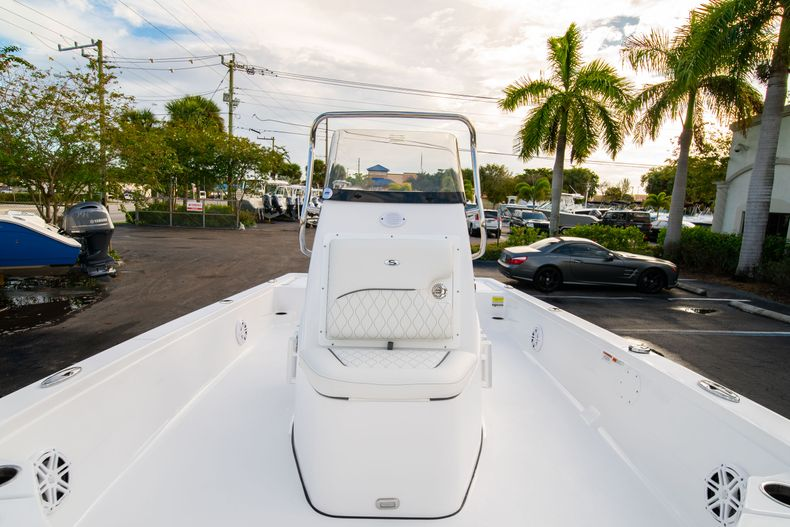 Thumbnail 31 for New 2020 Sportsman Tournament 214 Bay Boat boat for sale in West Palm Beach, FL