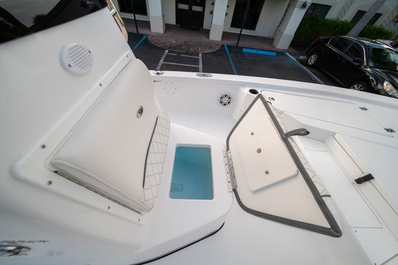 Thumbnail 33 for New 2020 Sportsman Tournament 214 Bay Boat boat for sale in West Palm Beach, FL