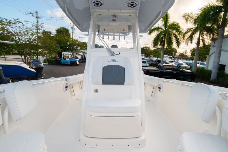 Thumbnail 43 for New 2020 Cobia 262 CC Center Console boat for sale in West Palm Beach, FL