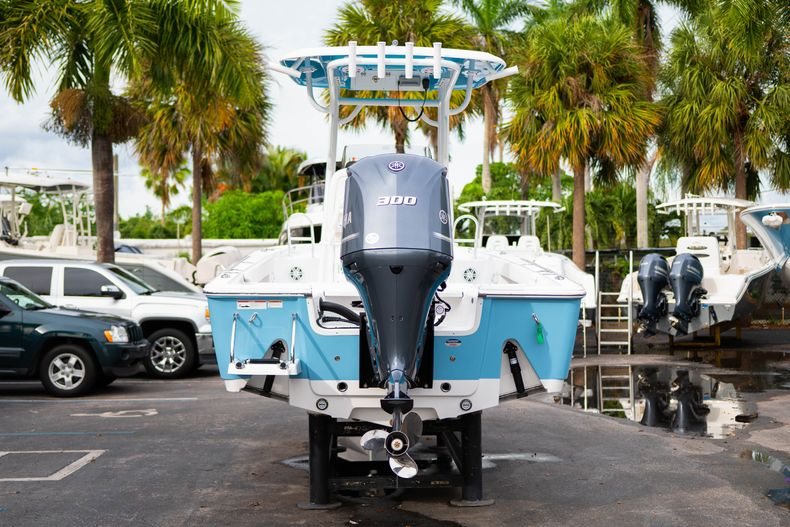 Thumbnail 6 for New 2020 Sportsman Masters 247 Bay Boat boat for sale in Vero Beach, FL