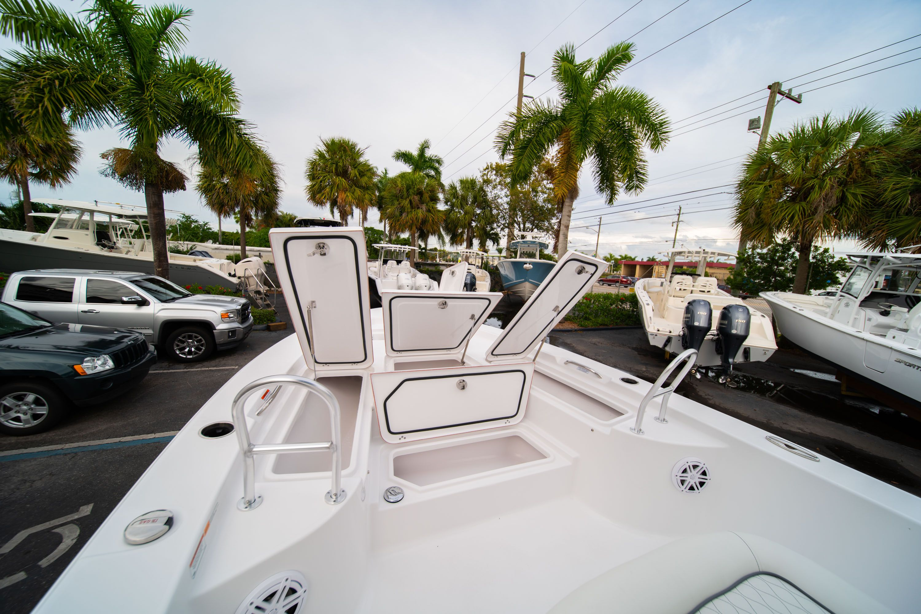 Thumbnail 34 for New 2020 Sportsman Masters 247 Bay Boat boat for sale in West Palm Beach, FL